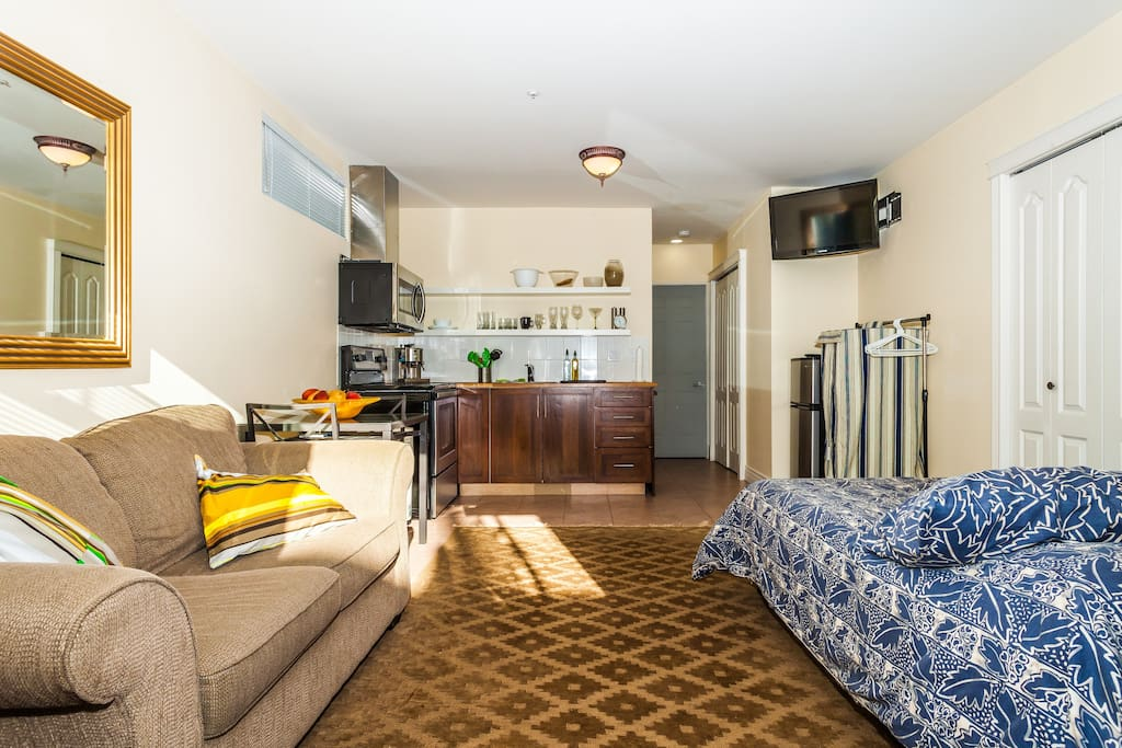 Furnished student housing rentals accommodations vancouver 17