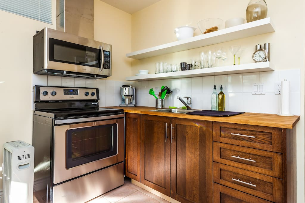 Furnished student housing rentals accommodations vancouver 13
